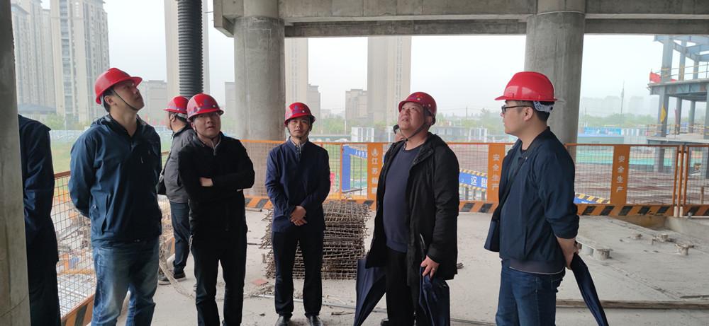 广陵区住建局组织观摩颐和项目